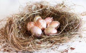 Ostereier mit Blattgold