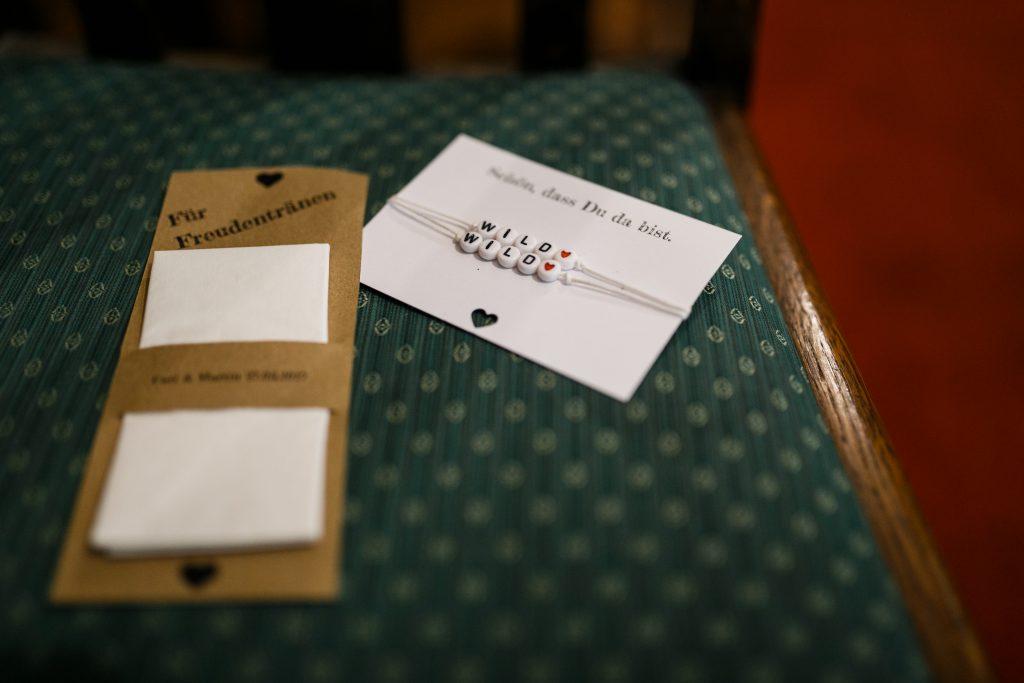 Armbänder für die Gäste