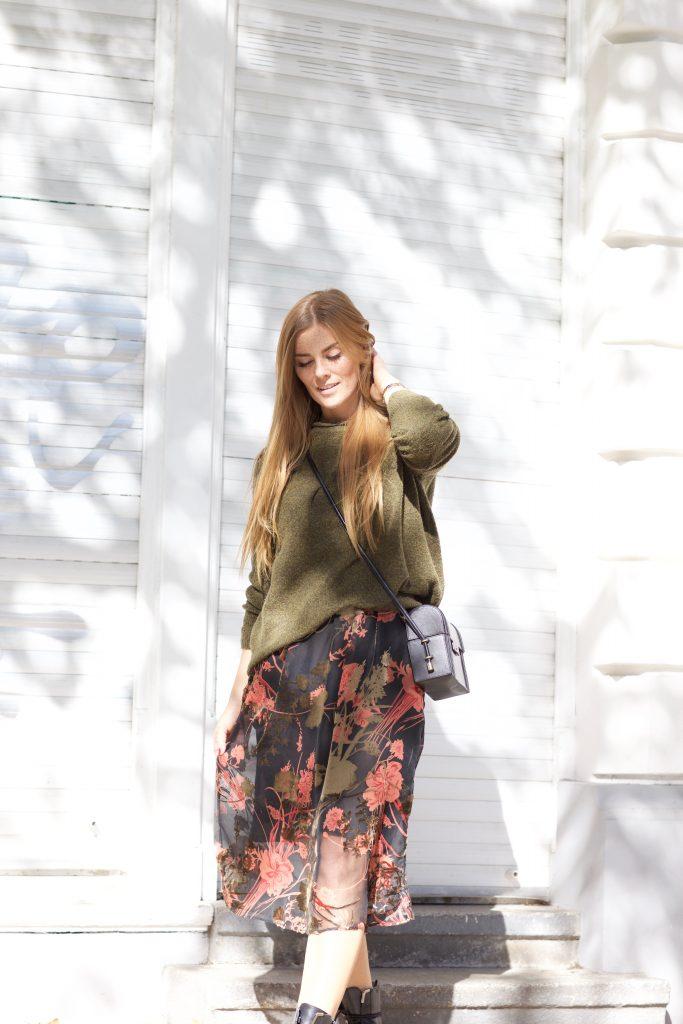 Kleid mit Oversize Pullover
