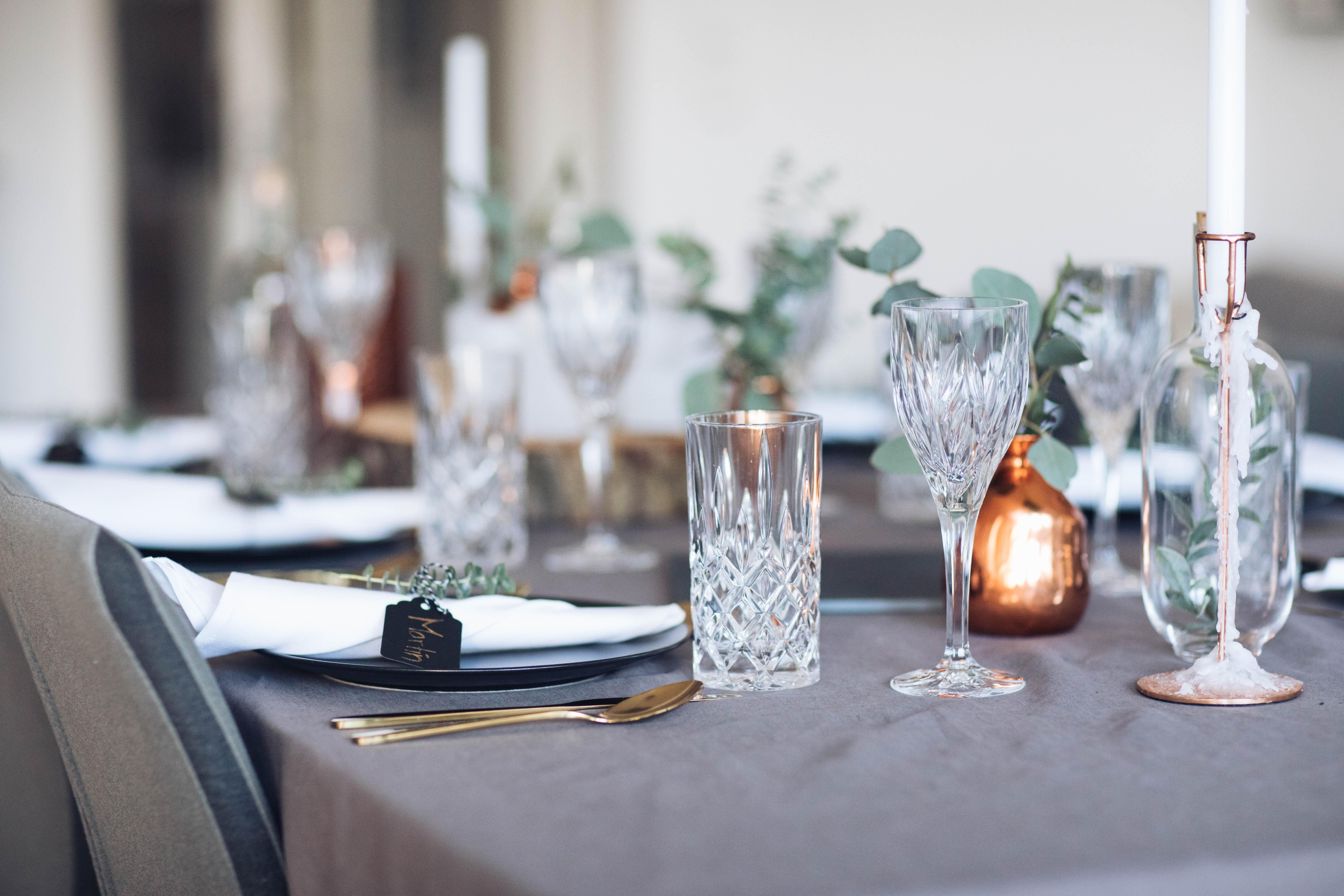 Festliche Tisch Dekoration Mit Eukalyptus Not Another Diet